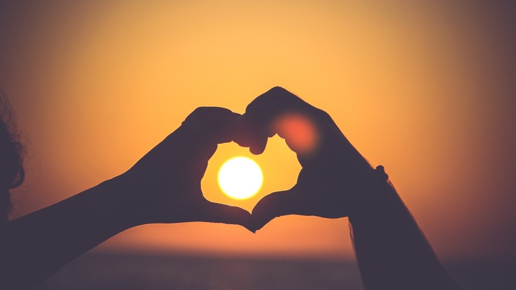 L'oroscopo di giovedì 28 febbraio: Scorpione, perfetta sintonia in amore