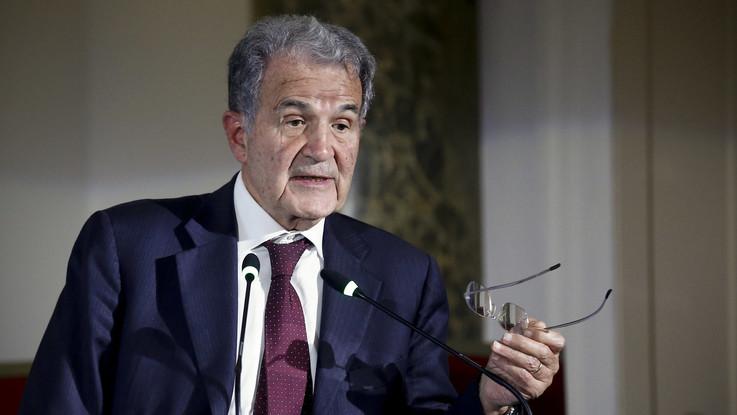 """Pd, l'appello di Prodi: """"Votate alle primarie, l'unico cambiamento può venire da noi"""""""