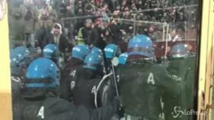 Serie B: tensione nel settore ospite durante Spezia-Livorno