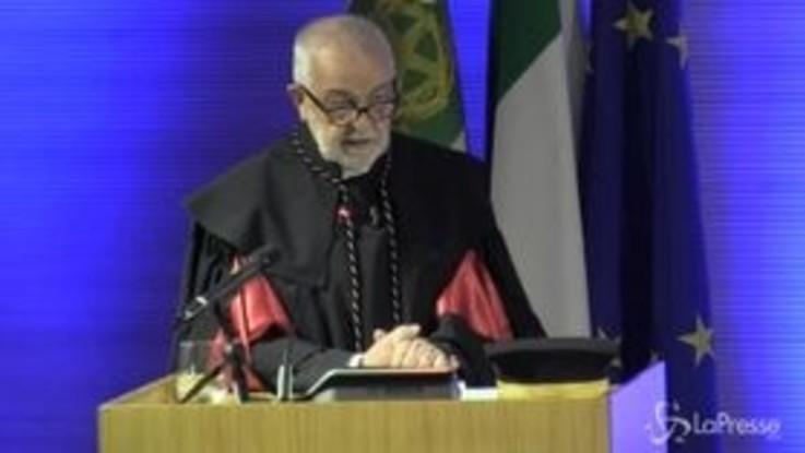 """Mattarella a Milano cita Confucio: """"L'Italia ragioni in termini di decenni"""""""