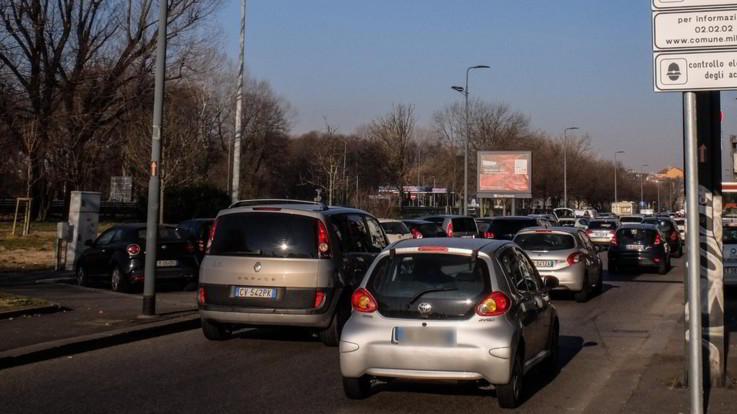 Auto, dal 1° marzo scattano ecotassa ed ecobonus fino a 6mila euro