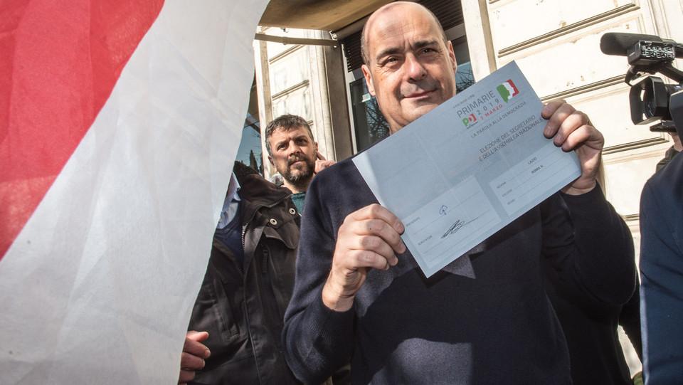Nicola Zingaretti vota a piazza Mancini a Roma ©