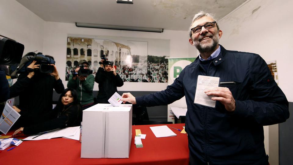 Giachetti al voto a Monteverde, Roma ©