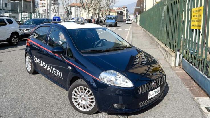 Catania, taglia la gola a un 14enne durante la sua festa di compleanno: arrestato ventenne