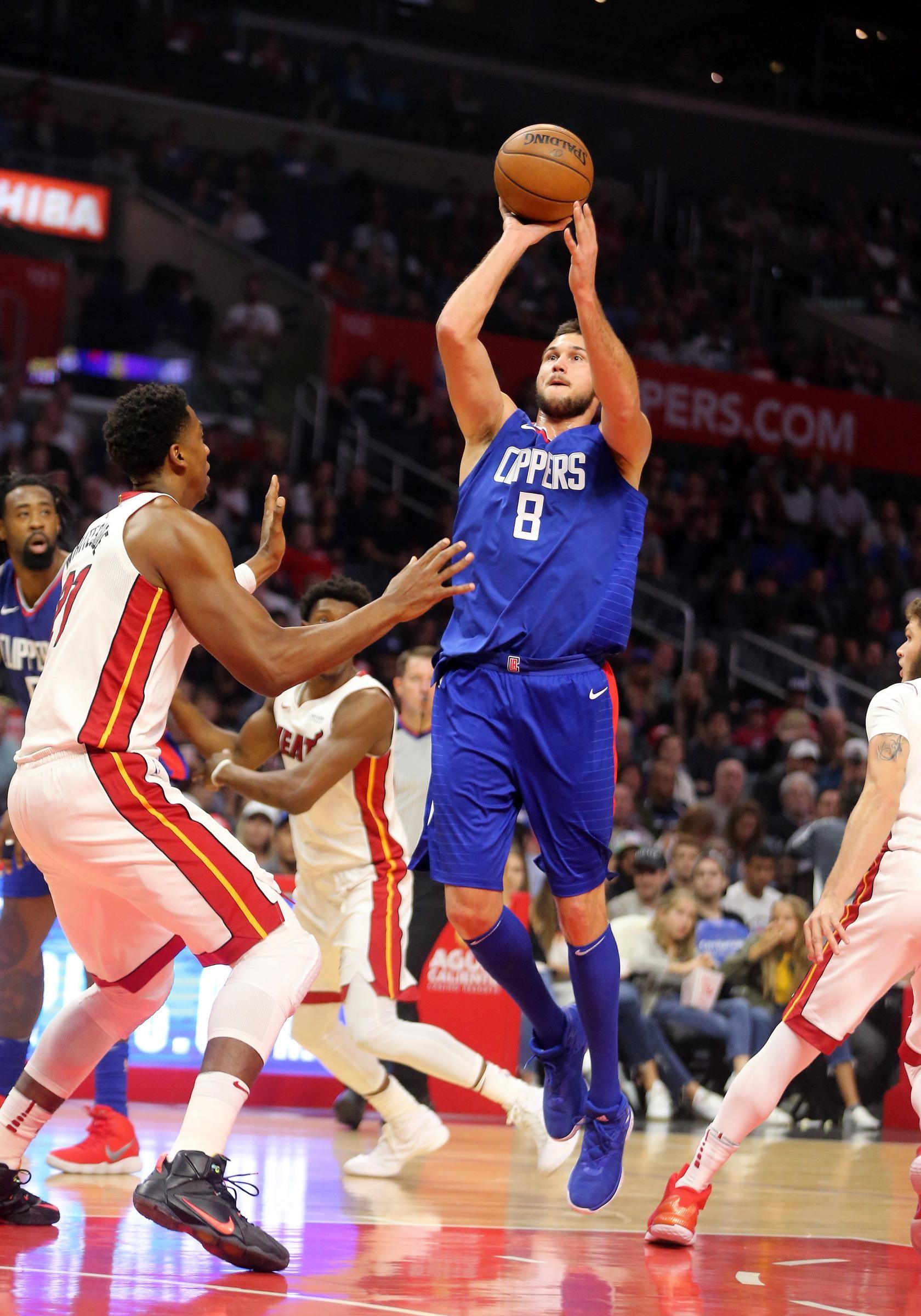 Basket Nba, Gallinari guida i Cklippers alla vittoria sui Lakers nel derby di Los Angeles