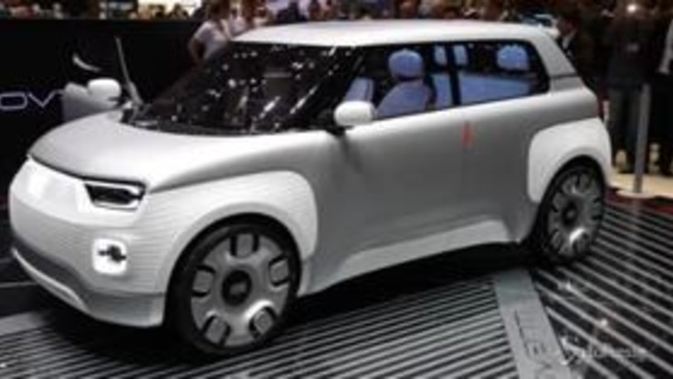 Ecco Fiat 120: la nuova concept ibrida plug-in iperconnessa