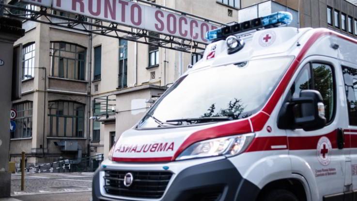 Bologna, bambino cade da un carro alla sfilata di Carnevale: è grave