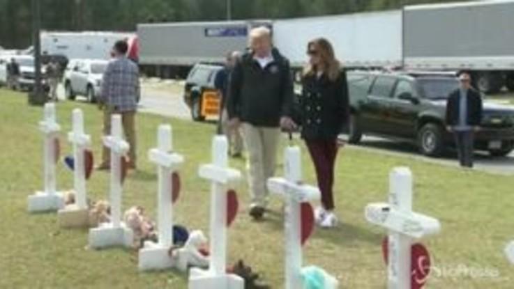Tornado in Alabama, Donald Trump e Melania nelle zone devastate