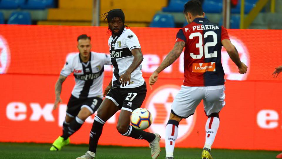 Gervinho (Parma) e Pereira (Genoa) ©