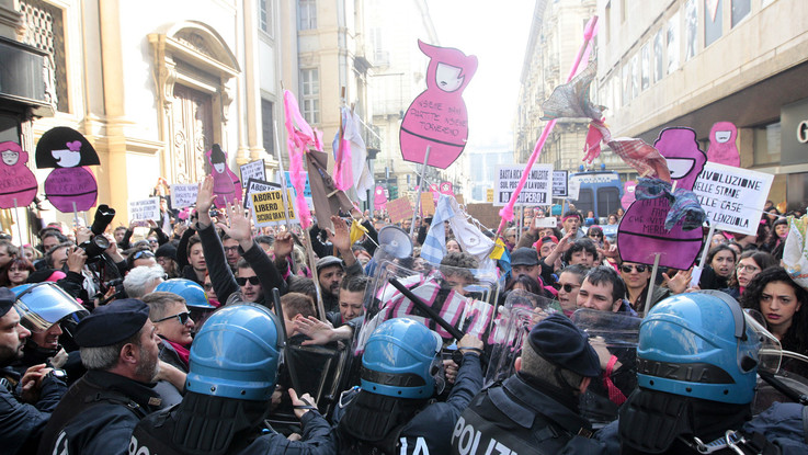 8 marzo, la foto LaPresse apre la gallery del Guardian su proteste ed eventi nel mondo