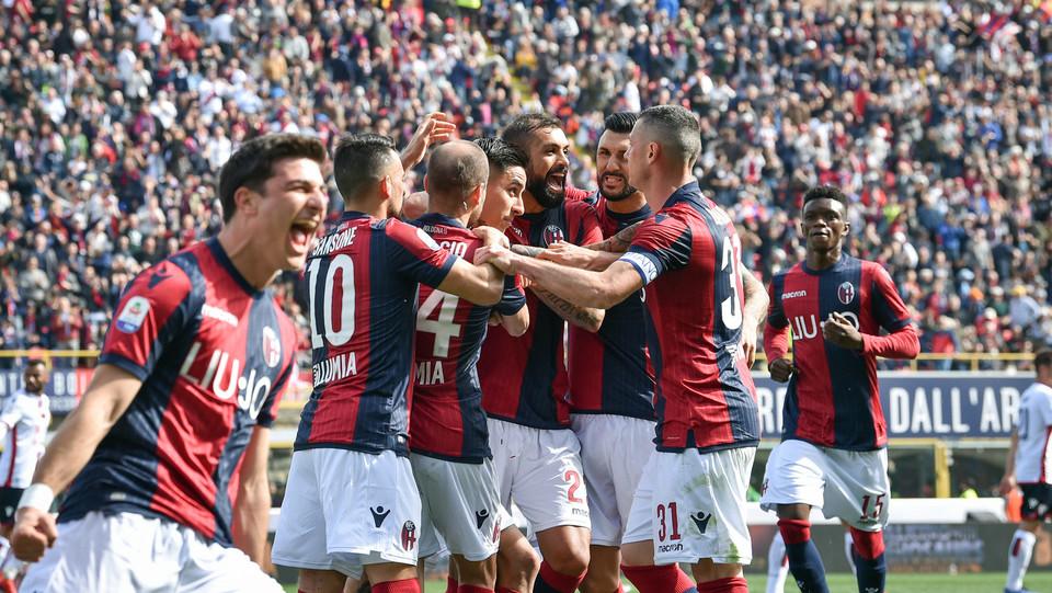 Erick Pulgar (Bologna F.C.) esulta dopo aver realizzato il gol 1-0 ©