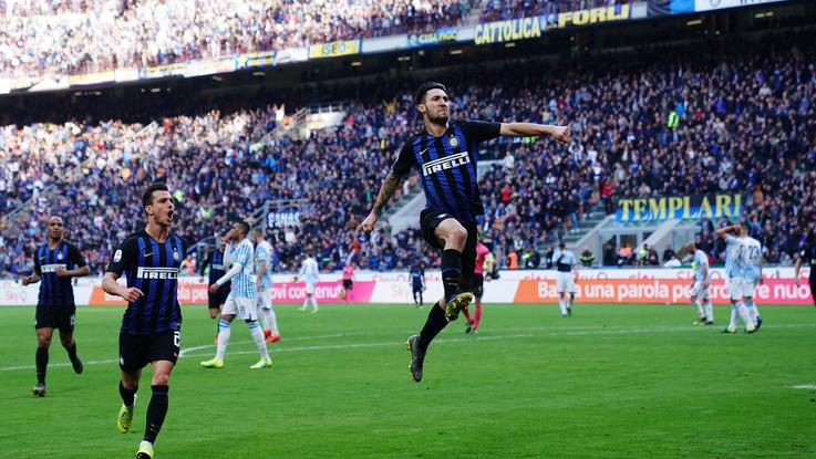 Serie A, Politano-Gagliardini: Inter doma Spal e torna a -1 dal Milan