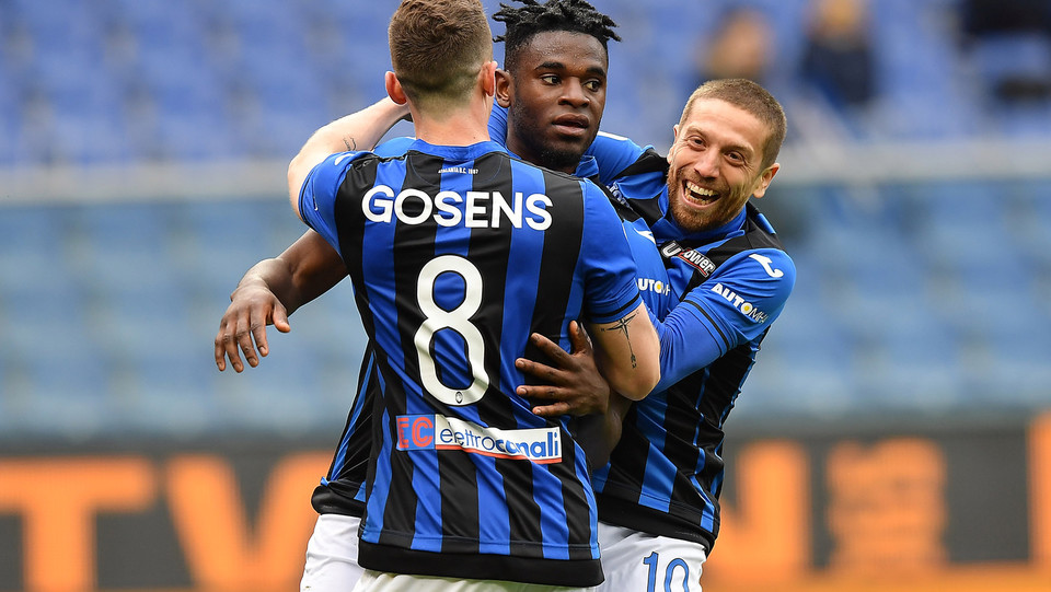 Zapata esulta dopo il gol ©
