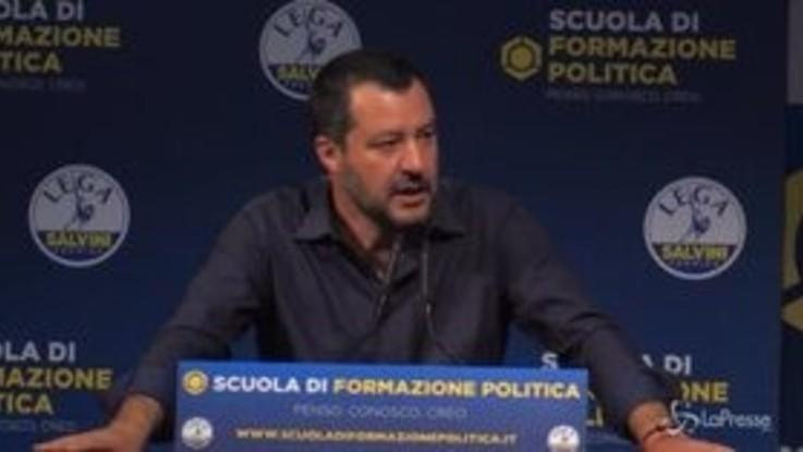 """Salvini: """"Deludo i giornalisti, Di Maio leale e corretto. Mi ha anche fatto gli auguri"""""""