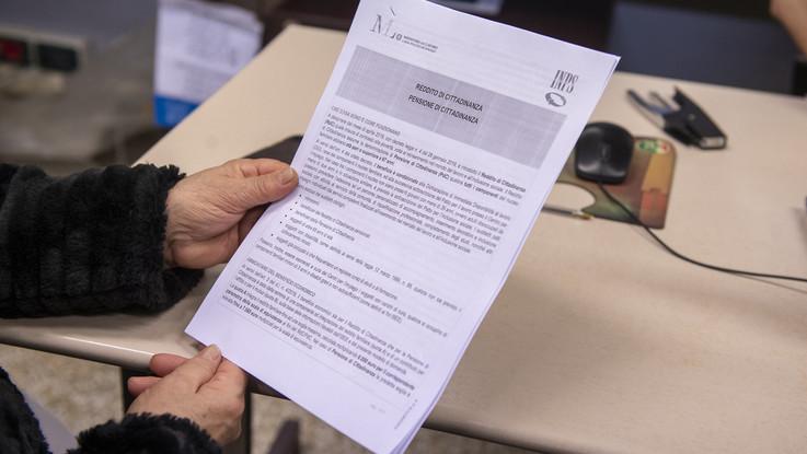 Reddito di cittadinanza, dimezzati i navigator, saranno 3mila: trovata intesa con le Regioni