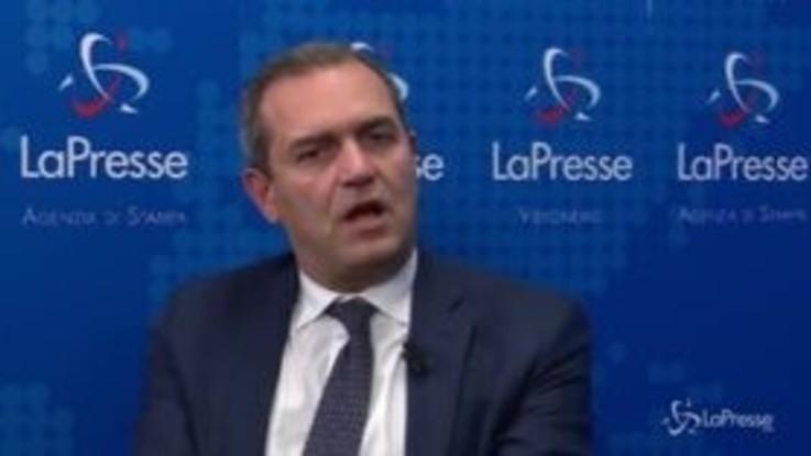 """Governo, de Magistris: """"Voglio andare a Palazzo Chigi per far uscire il puzzo del compromesso morale"""""""