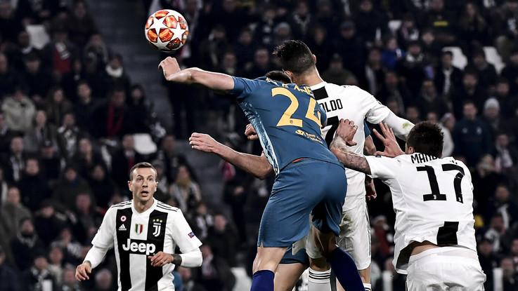 Champions League, impresa della Juve. Tripletta di Ronaldo, ribaltato l'Atletico: 3-0. Bianconeri ai quarti