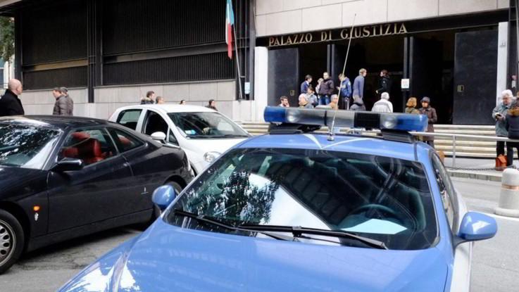 """Genova, uccise la moglie: pena dimezzata perché """"lo ha illuso"""". Il legale della donna: """"Riesumato delitto d'onore"""""""