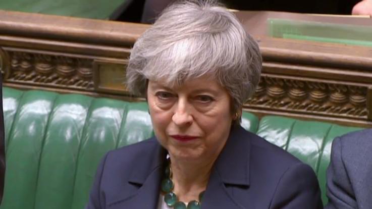 Brexit, il Parlamento dice sì al rinvio e al terzo voto sull'accordo. No al referendum bis