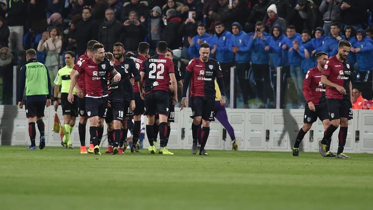 Serie A, Cagliari-Fiorentina 2-1 | Il fotoracconto