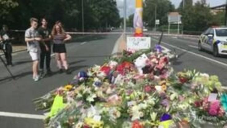 Nuova Zelanda, fiori per ricordare le vittime dell'attentato