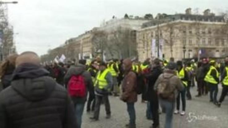 Gilet gialli di nuovo in piazza per il 18esimo sabato di proteste