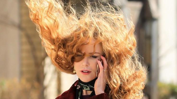 Nicole Kidman torna al suo look anni '90: è di nuovo riccia e rossa