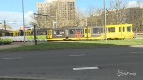 Olanda, spari su tram a Utrecht: almeno 3 morti