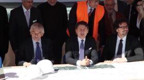 """Conte e Toninelli visitano i cantieri della A33 Asti-Cuneo: """"Lavori partiranno entro l'estate"""""""