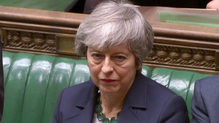 """Brexit, torna lo spettro del no deal. Francia: """"Rinvio non automatico"""""""