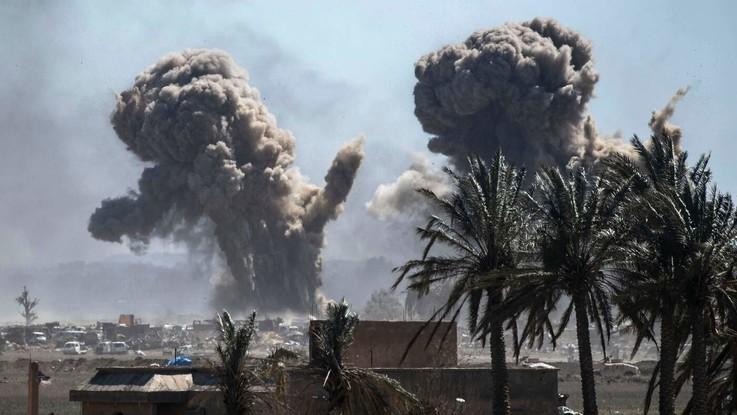 Stop alle bombe sui civili appello dell 39 anvcg ai for Foto parlamentari italiani