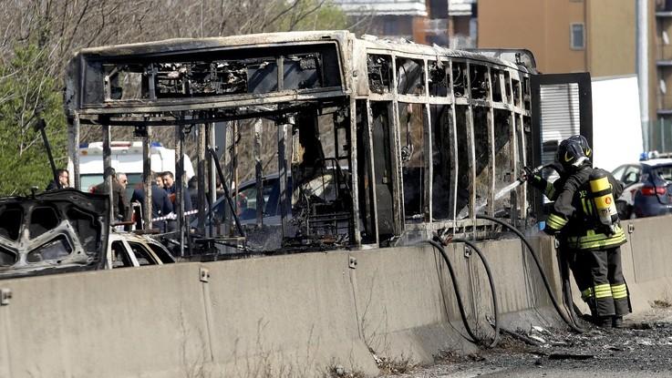Ramy, è egiziano il ragazzino eroe che ha salvato 53 sul bus in fiamme