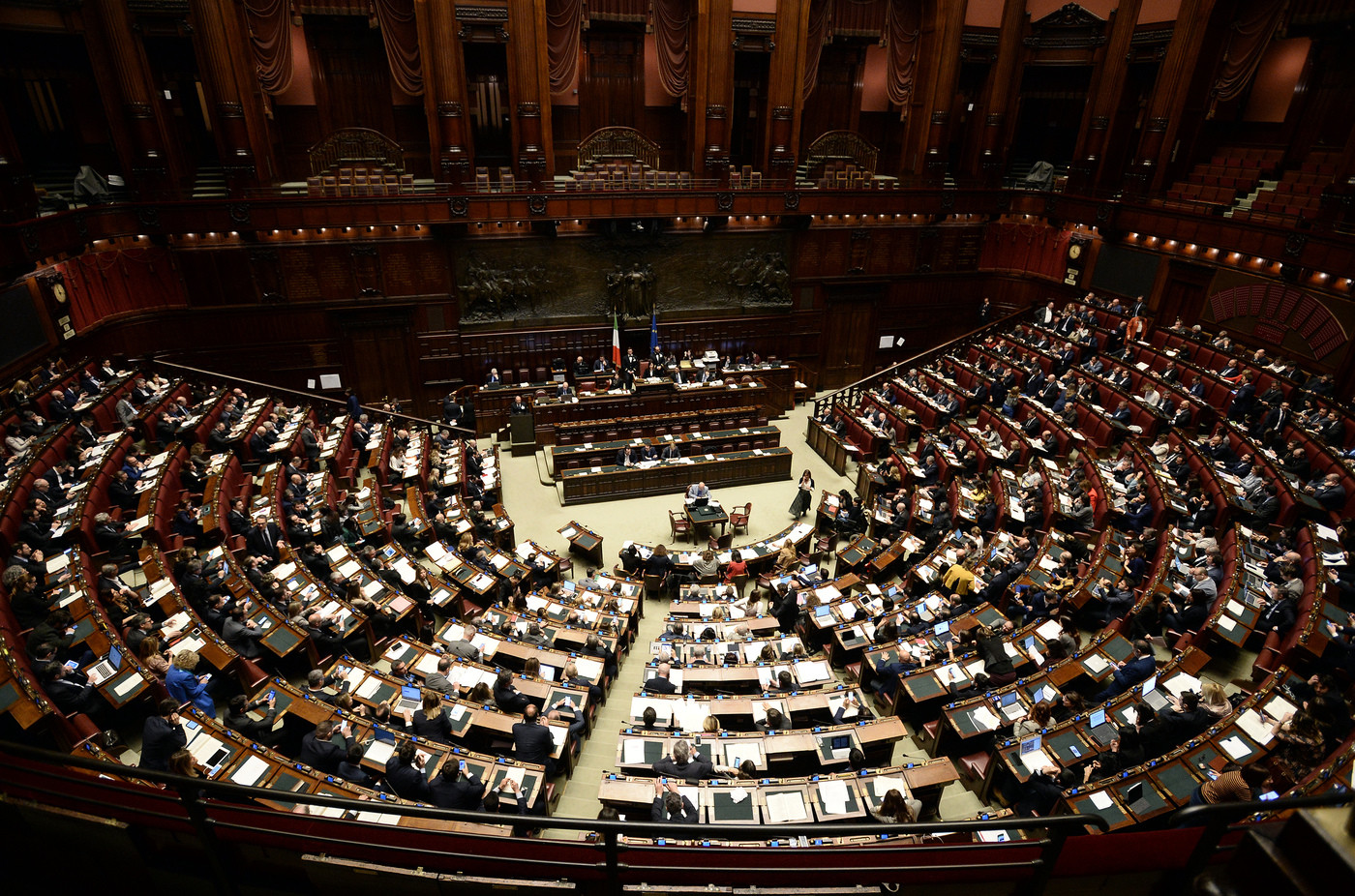 Decretone, via libera della Camera con 291 sì: dl torna in Senato