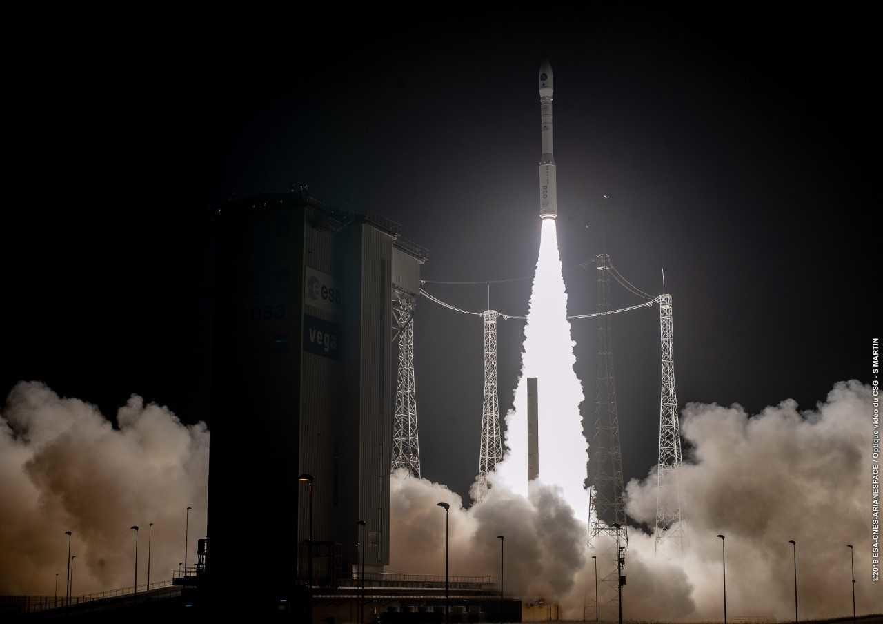 Nello spazio il satellite Prisma. Un altro successo del lanciatore Vega