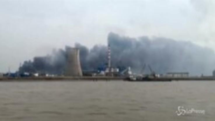 Esplosione in uno stabilimento chimico cinese: 47 morti