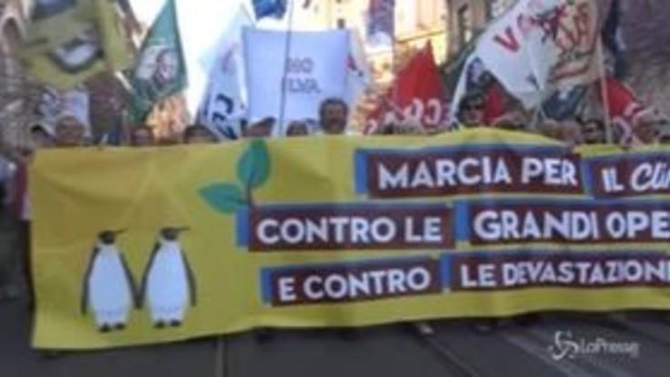 Roma, marcia per il clima e contro le grandi opere