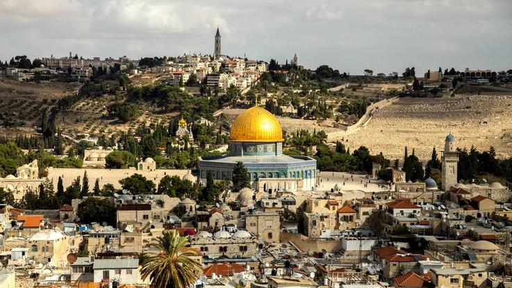 Israele, Romania sposta l'ambasciata a Gerusalemme: è il primo Stato Ue