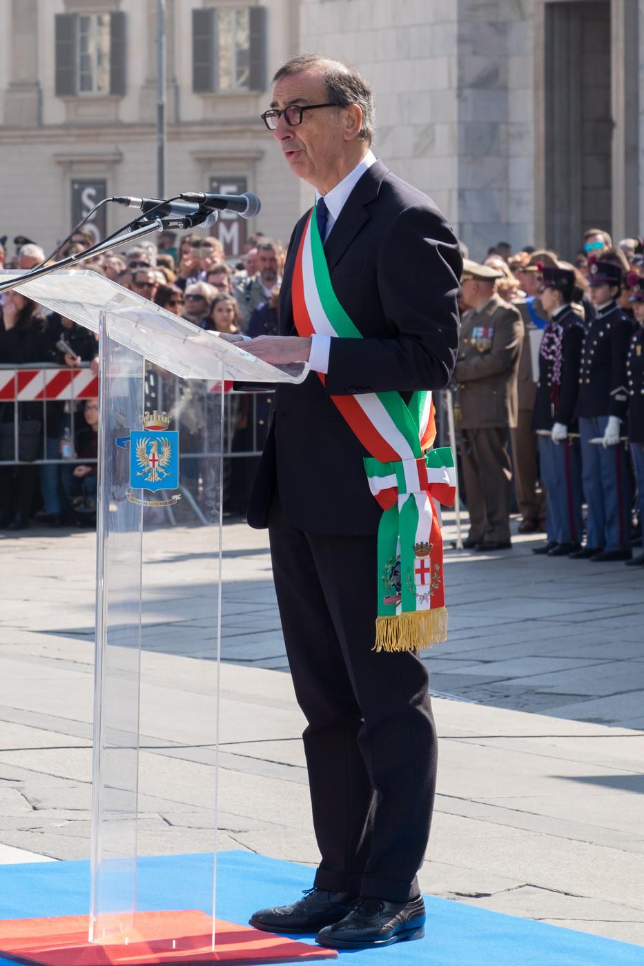 """Ius Soli, Sala contro Salvini: """"Sfugge al dibattito"""". Il ministro: """"Non è un biglietto del luna park"""""""