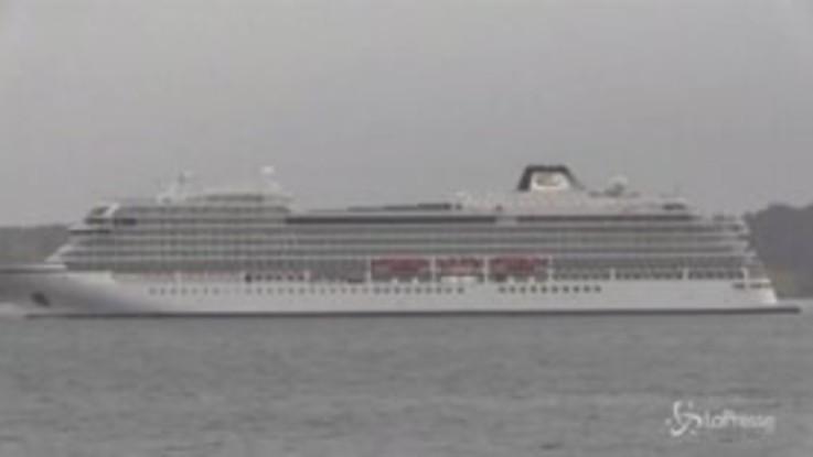 Norvegia, la Viking Sky trainata verso il porto più vicino