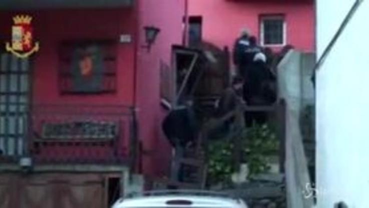 Cittadinanza in cambio di 7000 euro, 7 arresti in Piemonte