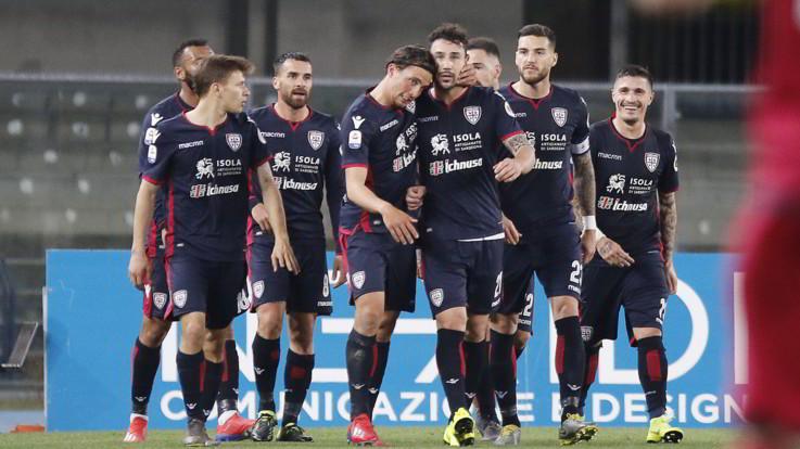 Serie A, il Cagliari cala il tris salvezza: Chievo affondato al Bentegodi