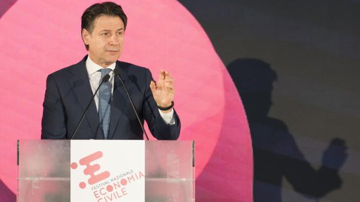 """Festival dell'economia civile, Conte: """"Nessun attacco alle banche. Presto via libera al decreto per i truffati"""""""