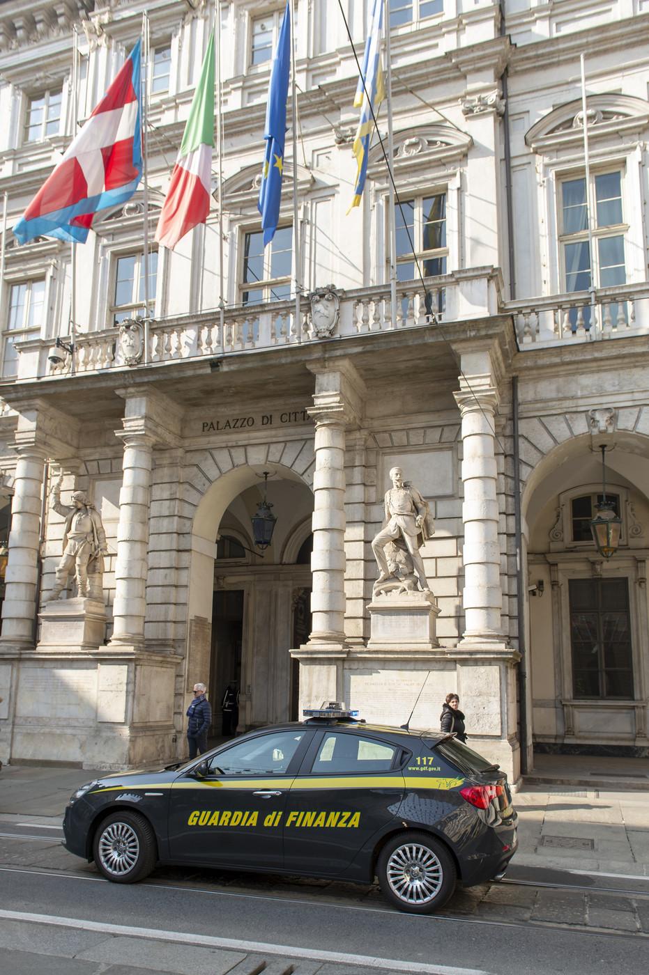 Peculato, arrestato funzionario del ministero della Salute: sottratti 1,4 milioni. Con i soldi rubati giocava alle slot