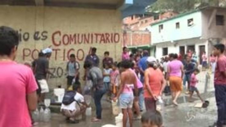 Venezuela: razionamento elettricità per 30 giorni, panico tra la popolazione