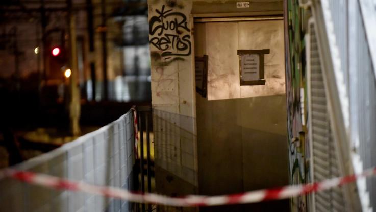 """Napoli, i giudici: """"Non fu stupro nella Circumvesuviana"""". Scarcerato il terzo indagato"""
