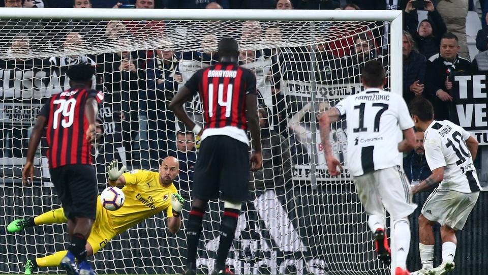 Gol di Dybala (Juventus) su rigore ©