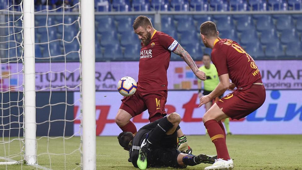 Il gol di De Rossi ©