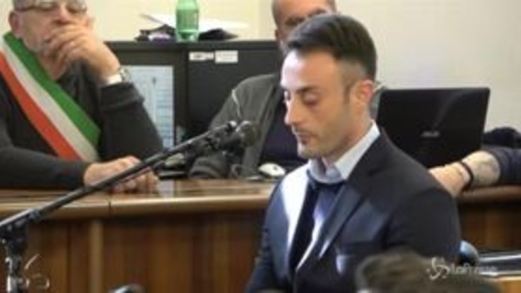 """Cucchi, il racconto del carabiniere Tedesco: """"Botte e calci in faccia a Stefano"""""""
