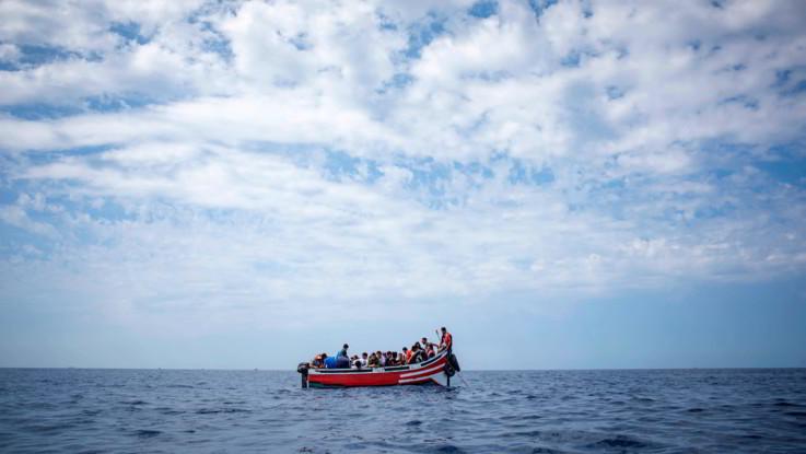 """Novanta migranti sbarcano a Lampedusa. Salvini: """"Al lavoro perché vengano epsulsi"""""""