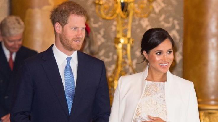 Harry e Meghan presto genitori, ma la nascita del figlio sarà un evento privato